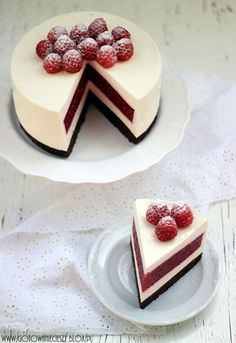 Raspberry and cheesecake layered cake
