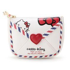 Hello Kitty envelope pouch (*^◯^*) ラブリーなエアメールデザインがかわいいでしょ★飛行機のチャームがかわいいポイント♪