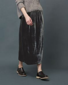 Pull-on skirt in a fluid, silk and viscose velvet. Pockets. Back vent. Clothing, Shoes & Jewelry - Women - Shoes - women's shoes - http://amzn.to/2jttl6P