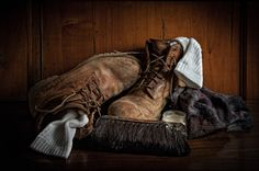 31 Great examples of still life photography.  This on isAfter the walk - Martin Zalba