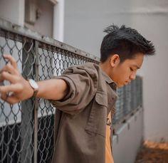 Ulzzang Boy, My Crush, Cute Boys, Crushes, It Cast, People, Photos, Beautiful Boys, Cute Teenage Boys