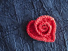 Crochet Rosy Heart - Tutorial ❥ 4U // hf