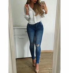Women Jeans Outfit White Lace Trousers Flare Yoga Pants Paper Bag Trousers Outfit Petite White Trousers High Waisted Work Trousers Jeans And Heels Outfit – orchidrlily Business Casual Outfits, Cute Casual Outfits, Stylish Outfits, Heels Outfits, Mode Outfits, Fashion Outfits, Jean Outfits, Elegantes Outfit Frau, White Shirt And Jeans