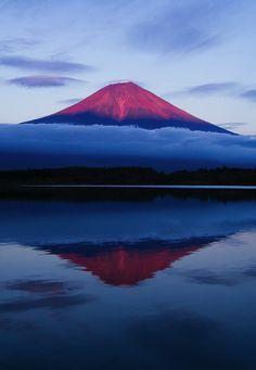 mt. Fuji by Agustin Rafael Reyes