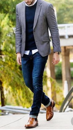 33 Attractive Men's Cool Fall Outfits to Look Extraordinary on Date - Fall Style Best Casual Outfits, Winter Outfits Men, Fall Outfits, Velvet Jacket Men, Outfits Hombre, Leather Jacket Outfits, Moda Casual, Men Style Tips, Attractive Men
