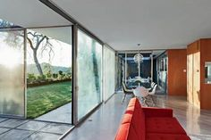 Famous photographer Julius Shulman lived and worked in a house designed by Raphael Soriano specifically for his needs. Click on the image to see more.