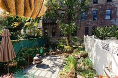 http://www.apartmenttherapy.com/shelley-worrell-house-tour-211889?crlt.pid=camp.h4D2tKFptAEG