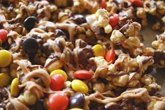 Caramel Corn with Peanut Butter and chocolate