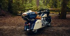 2016 Indian Roadmaster Motorcycle - Thunder Black : Photos and Videos