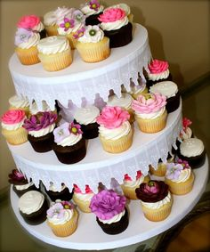 Bridal Shower Floral Cupcakes by Bumbleberries
