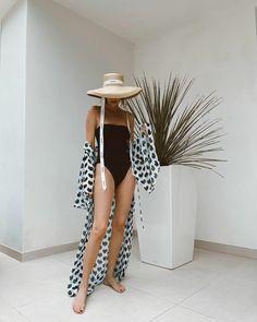 Summer beach swimwear style – Alexandra Lapp