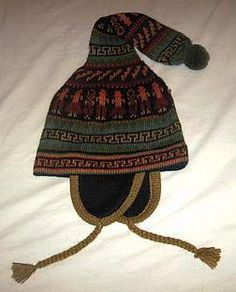 Aufwendig bestickte #Kinder #Chullo, die #Mütze aus den Anden, #Alpakawolle Winter Hats, Beanie, Fashion, Ponchos, Accessories, Mens Fashion Sweaters, Wool Blanket, Shawl, Arts And Crafts