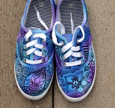 Zentangle sneakers, shoes, sneakers, zentangle art, original art, OOAK, custom sneakers, handpainted shoes