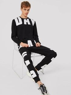 Girl Urban Fashion mens streetwear urban mens streetwear fashion mens streetwear joggers mens streetwear runway mens s. Mens Streetwear 2018, Streetwear Jackets, Streetwear Fashion, Girl Streetwear, 90s Urban Fashion, Pop Fashion, Mens Fashion, Grey Man, Mens Joggers