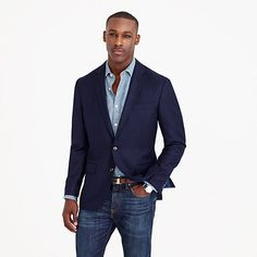 We went to Connecticut's storied American Woolen Co. mill (est. 1899) to get brand-new, year-round-weight wool for our updated Crosby Legacy blazer, and we made it with the quality construction our suits are famous for, but with a lighter, partial lining to increase breathability and keep you comfortable all year round. We also swapped the typical brass buttons for our elegant tonal buttons, used a topstitching detail instead of pickstitching (so it's a little more casual but still polished)…