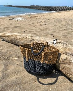 Crochet Handbags, Crochet Purses, Crochet Bag Tutorials, Crochet Toddler, Eco Friendly Bags, Hippie Bags, Crochet Magazine, Reusable Grocery Bags, Jute Bags