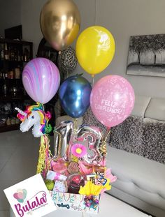 Candy Bouquet, Balloon Bouquet, Diy Birthday, Birthday Gifts, Candy Boxes, Pink Candy, New Job, Balloons, Instagram