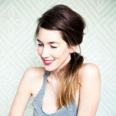 10 fantastic ponytail tutorials! Pull back your hair with style. (photo via A Cup of Jo)