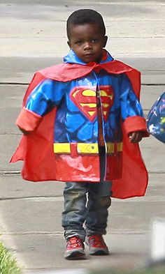 Sandra Bullocks's son, Louis Bardo Bullock is Superman. Oh my word. Stop it. Too adorable.