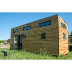Tiny houses is meer dan een klein huisje! Het is duurzaam, efficient en lekker knus! Bouw jouw Tiny House samen met De Kisten Koning! Lekker industrieel? Prefab Homes, Lofts, Garage Doors, Shed, Outdoor Structures, Outdoor Decor, Tiny Houses, Inspiration, Van