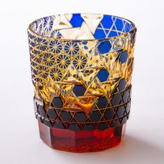【但野硝子加工所】ロックグラス「波濤文」 Cut Glass, Glass Art, Japanese Handicrafts, Artisan Works, Crystal Glassware, Japanese Aesthetic, Glass Design, Pottery Art, Sculpture Art
