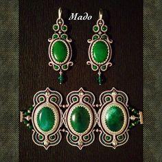 Сутажный комплект на заказ… Soutache Bracelet, Soutache Jewelry, Boho Jewelry, Beaded Jewelry, Jewelery, Handmade Jewelry, Style Steampunk, Gold Bridal Earrings, Bead Crochet Rope