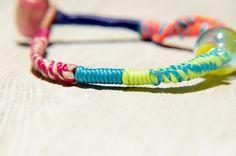 / 熱帶海洋 / 英式琉璃蠶絲蠟線 + 牛皮手環 - 冰心藍黃玻璃 - Coco&Banana | Pinkoi