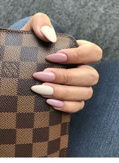 Want some ideas for wedding nail polish designs? This article is a collection of our favorite nail polish designs for your special day. Holographic Nails Acrylic, Simple Acrylic Nails, Fall Acrylic Nails, Simple Nails, Pointy Nails, Aycrlic Nails, Hair And Nails, Swag Nails, Milky Nails
