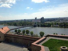 Der Donau Fluss von Bratislava Schloss gezeigt - The Danube River Seen From Bratislava Castle