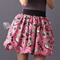Sew an elastic waist bubble skirt. Sewing Hacks, Sewing Crafts, Bubble Skirt, Dress Tutorials, Free Sewing, Sewing Patterns, Bubbles, My Style, Skirts
