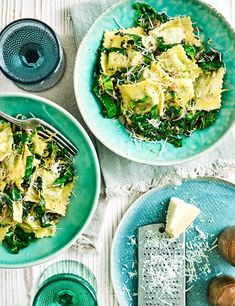 Ravioli with  buttered lemon greens This recipe is super zesty and buttery and great when you're short on time. Low calorie and meat free make this the perfect start to the week.