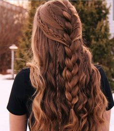 Trenzas Deutsch The most successful photo albums In addition to the successful u . - Trenzas Deutsch The most successful photo albums In addition to the successful and beautiful photos - 4 Braids Hairstyle, Hairstyles With Bangs, Pretty Hairstyles, Girl Hairstyles, Hairstyle Ideas, Hairstyles 2018, Hairstyle Short, School Hairstyles, Wedding Hairstyles