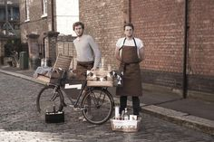 Gin and tonics (and negronis) dispensed from a bike? Meet London's Travelling Gin Company.