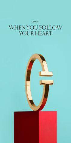 Tiffany T square bracelet in 18k gold.