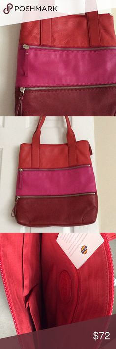 """Fossil Pink & Red Leather Purse It is in perfect condition, worn only a few times, no signs of wear! 13"""" wide, 14"""" tall, 10"""" from straps to top of bag. Fossil Bags Shoulder Bags"""