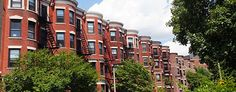 Residents Of South Campus Live In Beautiful Brownstones Located Between East And West Kenmore Squareboston Universitystudent