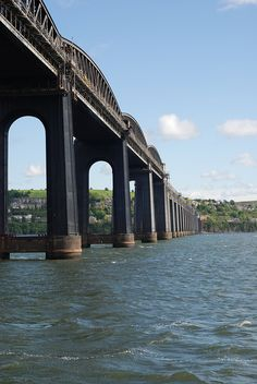 Tay Rail Bridge, near Dundee, Scotland Edinburg Scotland, Ouvrages D'art, British Isles, Countries Of The World, Great Britain, Architecture, Cool Places To Visit, Les Oeuvres, Dundee City