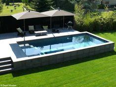 jardin avec piscine + petit coin transate
