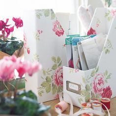 HousetoHome : Country home office ideas -- use magazine files to organize your patterns