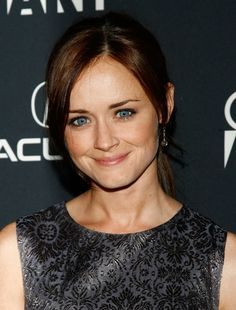 Picture of Alexis Bledel Alexis Bledel, Actresses, Pictures, Beauty, Female Actresses, Photos, Cosmetology