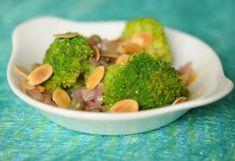 10 könnyed brokkolisaláta a karácsonyi sült mellé Broccoli, Paleo, Beef, Healthy Recipes, Vegetables, Food, Lasagna, Meat, Essen
