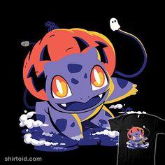 Spooky Grass Starter | Shirtoid #bulbasaur #estudiofitas #estudiofitas #halloween #jackolantern #pokemon #pumpkin