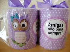 Caneca Personalizada Amigas Lunch Box, Mugs, Tableware, Layout, Base, Personalized Mugs, Colors, Cellophane Wrap, Satin
