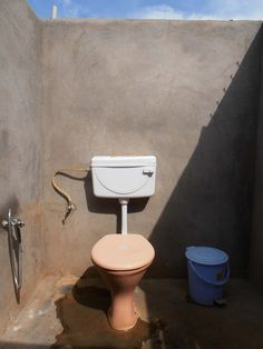 toilet, Duck and Chill, Agonda, Goa, India