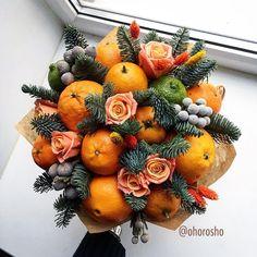 Fruit Flower Basket, Fruit Flowers, Planting Flowers, Edible Arrangements, Flower Arrangements, Food Bouquet, Christmas Candle Decorations, Edible Bouquets, Diy Gift Box
