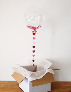Toma nota: las flores de cera de Teresa Helbig, para la lista de boda, globos XXL y ¿villana o bandida?
