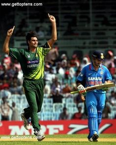 Top 10 Tallest Cricket Players, 1. Mohammad Irfan (Pakistan)