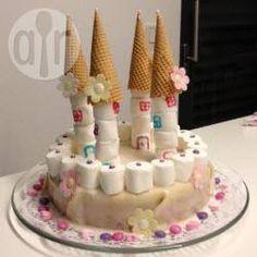 Prinzessin Torte Schloss, Prinzessinkuchen, Schlosskuchen, Schlosstorte, Kindergeburtstag, Prinzessin Torte @ de.allrecipes.com
