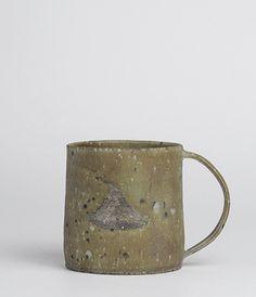 Japanese ceramics and utensils handcrafted by artisans. Slab Pottery, Pottery Mugs, Ceramic Pottery, Japanese Ceramics, Japanese Pottery, Ceramic Bowls, Ceramic Art, Earthenware, Stoneware