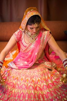 pink gota patti lehenga , anita dongre bridal lehenga , orange and pink gota pati lehenga , half sleeves lehenga , short sleeves lehenga , double dupatta , orange and pink lehenga